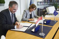 signature accord Conseil Europe 2018 - H.E. Mr. Rémi Mortier, Ambassador, Permanent Representative of the Principality of Monaco to the Council of Europe, and Ms. Gabriella Battaini-Dragoni, Deputy Secretary General of the Council of Europe  ©DR