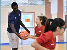 An Introduction to Basketball for Pupils from the Principality